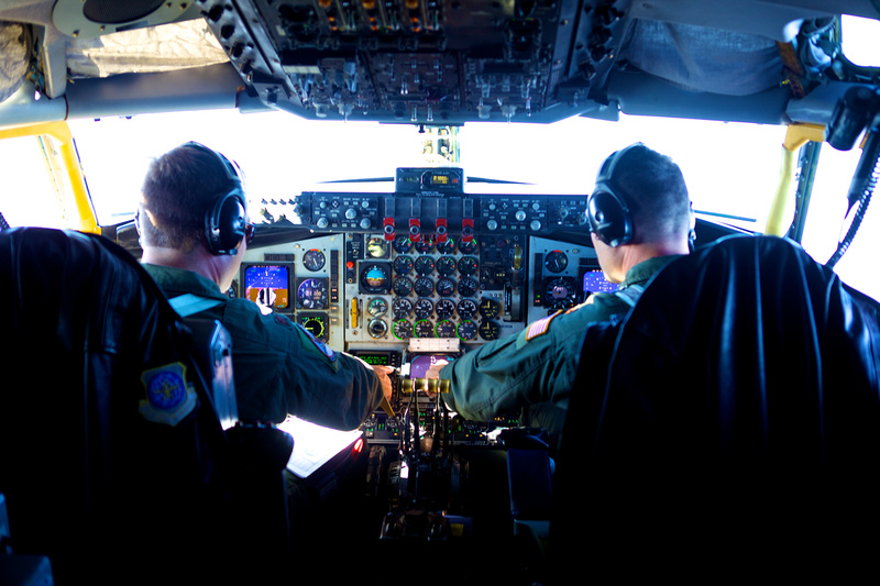 Illinois National Guard Pilots fyling a C-135 Aircraft