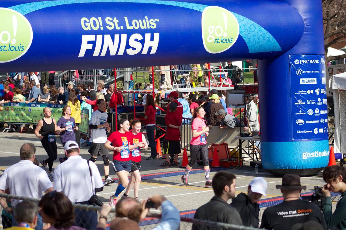 Kristen Cannon running half-marathon in St Louis